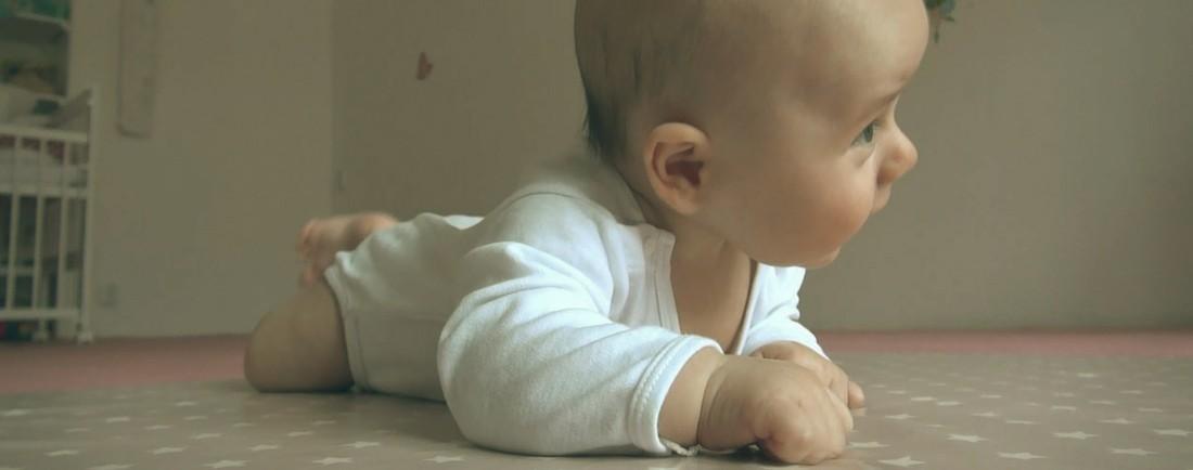 Vývoj miminka 0. - 3. měsíc
