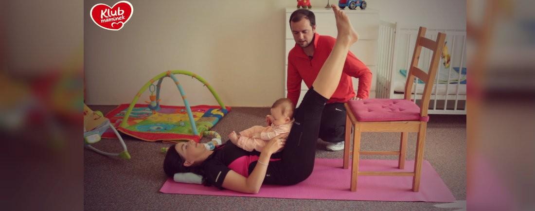 Cvičení po porodu s miminky: břicho, zadek a pánevní dno
